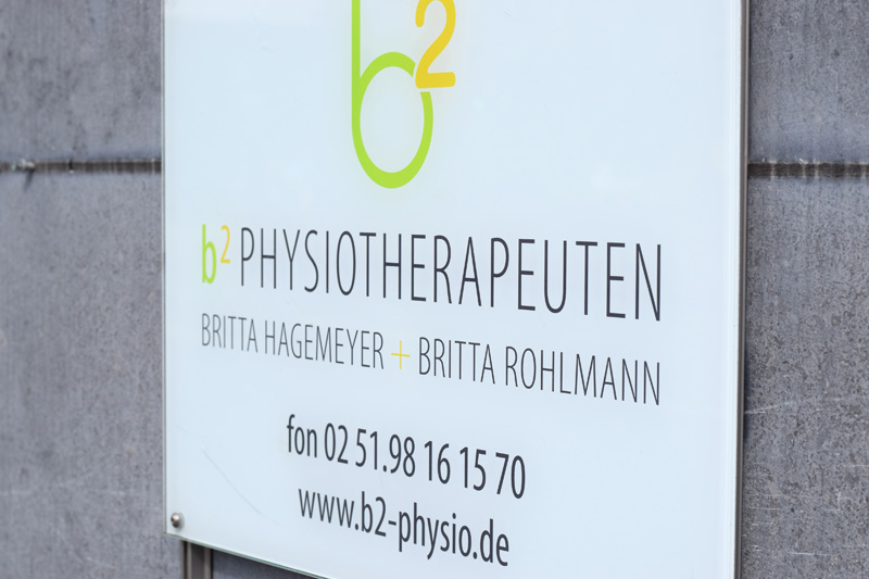 b2 Physiotherapie Münster Schild